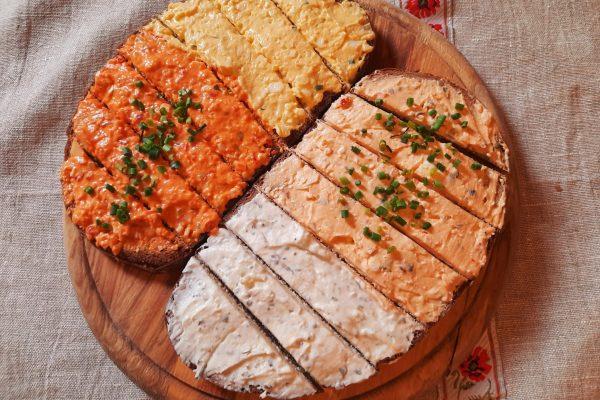 4-Aufstrich-Brot
